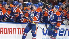 VIDEO: Nový král NHL! McDavid pokořil stovku i Crosbyho a vládne produktivitě