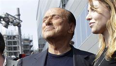 Magnát Berlusconi prodal AC Milán za rekordních 20 miliard korun Číňanům