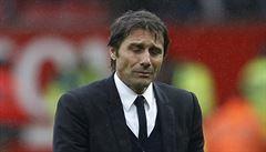 Mourinho s Manchester zdolal svůj bývalý klub, náskok Chelsea na čele se tenčí
