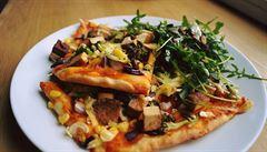 Oběd kancelářských krys: kam za veganským jídlem na Vinohradech?