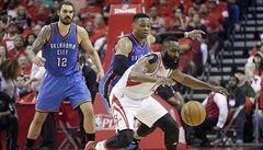 NBA: Houston postoupil přes Oklahomu do čtvrtfinále soutěže
