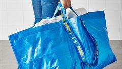 IKEA ukončí prodej jednorázových výrobků z plastů. Vyrábět chce jen ty, které se dají recyklovat