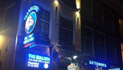 Amsterodam chce zahraničním turistům zakázat vstup do coffeshopů. Opatření by mělo zamezit drogové turistice