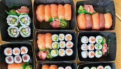 Německý triatlonista dostal zákaz jíst v all-you-can-eat restauraci. Snědl téměř 100 porcí