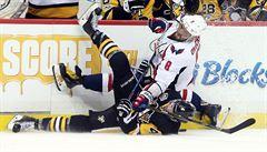 NHL: Pittsburgh bez Crosbyho smazal dvoubrankové manko, přesto prohrál