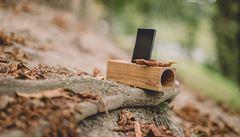 Reproduktory ze dřeva napájení nepotřebují a mají skvělý zvuk, říká designér