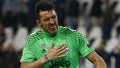 FOTO: Jak plyne Buffonova kariéra? Od vítězství na mistrovství světa k opětovnému shledání s Nedvědem