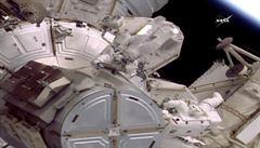 Na ISS došlo k úniku vzduchu trhlinou způsobenou meteoritem. Posádka nebyla v ohrožení