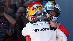 Vettel vyhrál VC Brazílie. Hamilton skončil po parádní stíhací jízdě čtvrtý