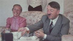 Hitler si při jídle kousal nehty