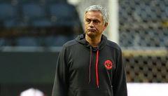 Jsem v polovině platného kontraktu, jsem odhodlaný zůstat, vyvrací Mourinho spekulace o odchodu