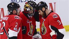 Tým na hraně. Ottawa začne novou sezonu NHL bez kapitána a s nenáviděným majitelem