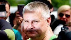 Vrah Kajínek bude rozdávat autogramy a soud s Rathem a Pacovským
