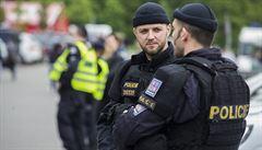 Patnáctiletý mladík v Ostravě okradl a zranil ženu. Neloupil poprvé