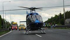 Při nehodě na D1 na Benešovsku zemřeli dva lidé, zasahoval i vrtulník