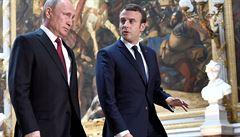 Chceme mír v Libyi, shodli se Putin s Macronem. Vyzvali k obnovení jednání znepřátelených stran