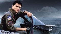 Top Gun 2. Tom Cruise první fotkou z natáčení rozpoutal 'hádku' námořnictva s letectvem