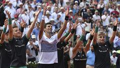 Tenisové hvězdy pod dohledem fanoušků. Na French Open bude moci přijít až 20 tisíc diváků denně