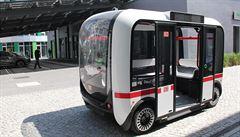 Berlín zkouší první samořídící autobus. Často bezdůvodně prudce zabrzdí