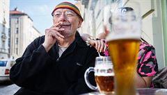 Třetina Čechů kouří, tři čtvrtiny pijí alkohol, vyplývá z výzkumu
