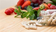 Kombinace léků a multivitamínů může tělu uškodit