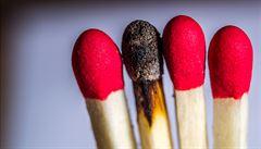 Oheň neovládáme dlouho. Kdy a jak vznikly sirky?
