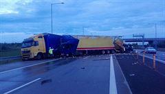 Nehoda uzavřela Pražský okruh na pátém kilometru ve směru na D1