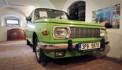 V Česku potkáte na silnicích i automobilové 'dinosaury'. Podívejte se
