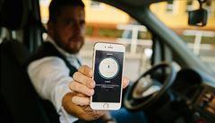 Uber může znovu do ulic Brna. Soud zrušil předběžný zákaz alternativní taxislužby