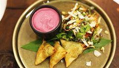 VIDEORECEPT: Připravte si doma indickou samosu podle šéfkuchaře