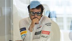 Motoristická trojkoruna je pro Alonsa velké lákadlo, říká šéf stáje McLaren