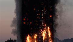 Britská policie: Konečný počet obětí požáru Grenfell Tower je 71