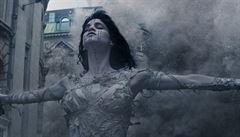 'Nerespektujete svoje příšery.' Do finančně úspěšné Mumie se opřel režisér Landis