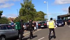 Řidička vjela v Newcastlu do lidí, šest z nich zranila, včetně tří dětí