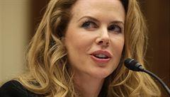 Hollywood nese část viny na násilí proti ženám, připustila Kidmanová