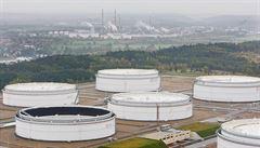 Unipetrol si půjčí víc ropy kvůli uzavření ropovodu z Ruska. Ze státních rezerv už ubyla třetina