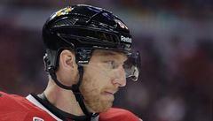Alergie na hokejovou výstroj? Hossovi hrozí konec kariéry, píší v NHL