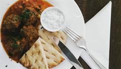 Oběd kancelářských krys: Do kterého bistra jít na Vinohradech?