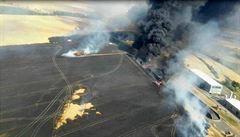 Na Znojemsku hořely desítky hektarů pole a pneumatiky. Zasahovalo 26 jednotek i vrtulník