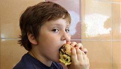 'Za dětskou obezitu může málo pohybu a špatné stravovaní'