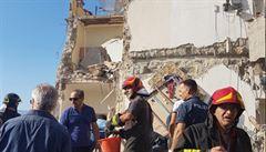 Na jihu Itálie se zřítila čtyřpatrová budova. Pohřešuje se sedm lidí