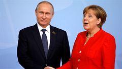 Kyjev na východě Ukrajiny provokuje, řekl Putin při telefonátu s kancléřkou Merkelovou