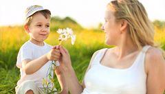 První objekt lásky i zklamání. Mají naše matky právo na tajemství?