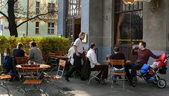 Praha dražší než Vídeň: město ždímá živnostníky za zahrádky u hospod