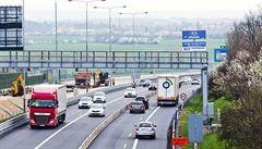 Praha se zcela uzavře kamionům. Tvrdý zákaz je nepustí ani na Jižní spojku