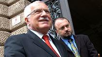 Václav Klaus a Ladislav Jakl na archivním snímku z roku 2006.