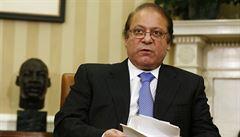 Pákistánský premiér rezignoval kvůli korupci. Vaz mu zlomil i 'neexistující' font od Microsoftu