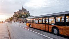 Autobusy s dětmi nesmí ve Francii vyjet. O víkendu za to hrozí pokuta a odstavení