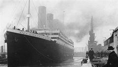 Poslední dopis napsaný na Titaniku se bude dražit v Británii