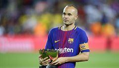 Po sezoně kapitán opustí Barcelonu. Iniesta se výrazně podílel na kanonádě ve finále
